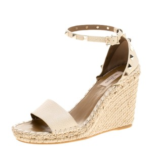 0a7944c63d3 Valentino Rockstud Espadrilles - Up to 70% off at Tradesy