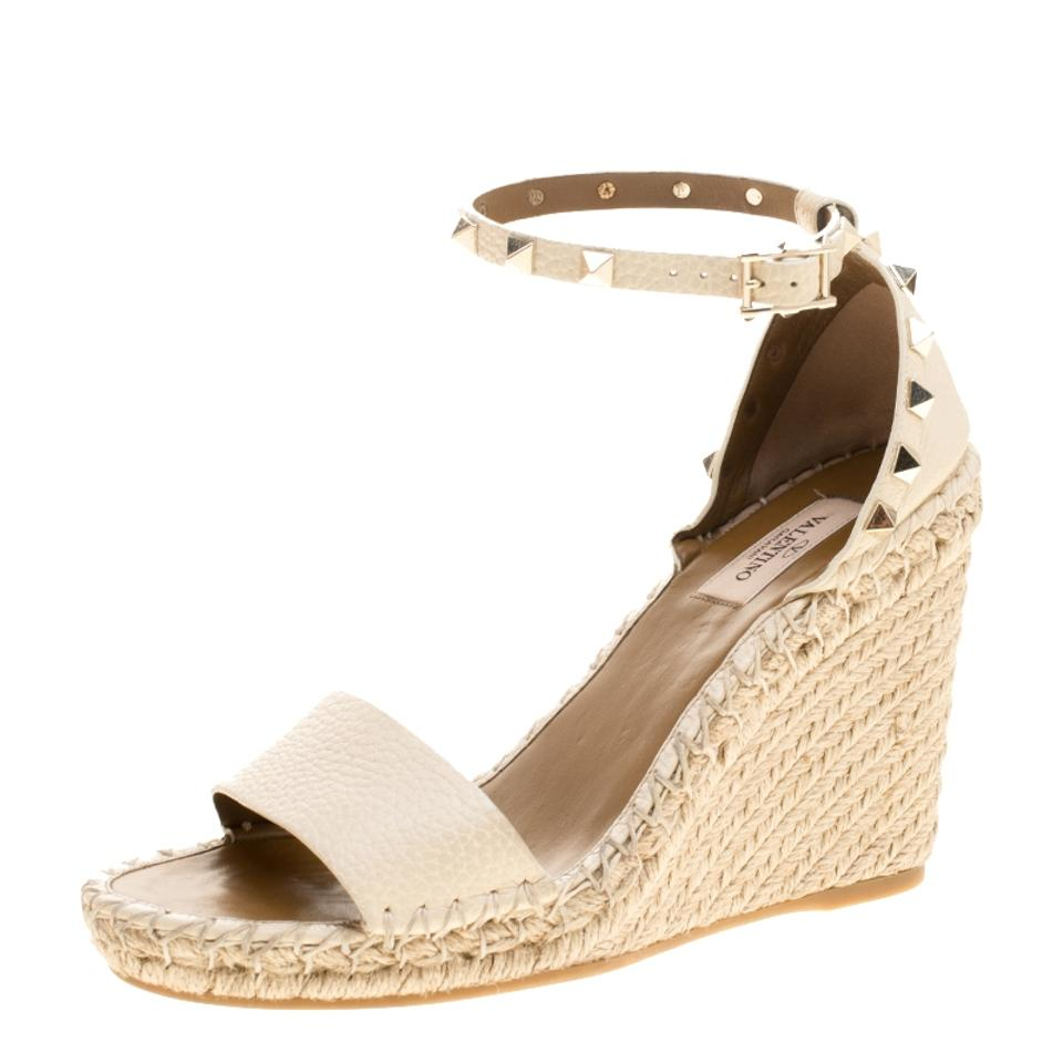 Valentino White Wedge Ivory Leather Rockstud Espadrille Wedge White Sandals d90f83