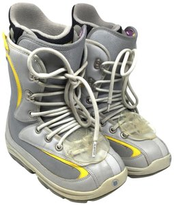 Burton Foundation Snowboard Us 7 Lace Up S053118-66 Gray and Yellow Athletic