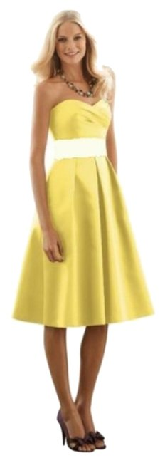 Preload https://img-static.tradesy.com/item/2396743/after-six-sunflower-ivory-6553-mid-length-cocktail-dress-size-8-m-0-2-650-650.jpg