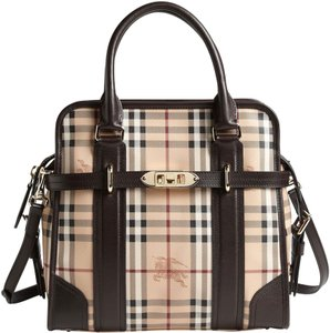 807a3ee33 Burberry Totes - Up to 70% off at Tradesy