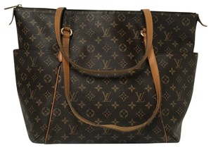 Louis Vuitton Totally Gm B00000634 Monogram Canvas Tote in Brown