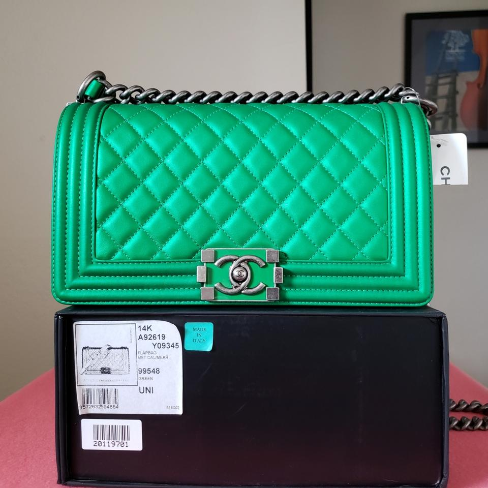 2421e579864f Chanel Classic Flap Boy New Le Medium Quilted Metallic Green ...