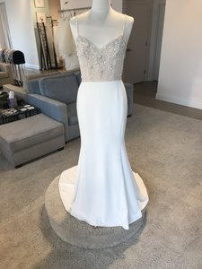 Ivory Crepe Irene Feminine Wedding Dress Size 6 (S)