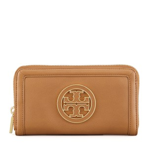 Tory Burch Tory Burch Amanda Zip Around Continental Leather Wallet in Royal Tan