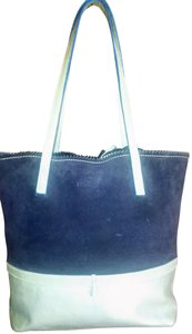 Les Copains Tote in Navy & Ice blue