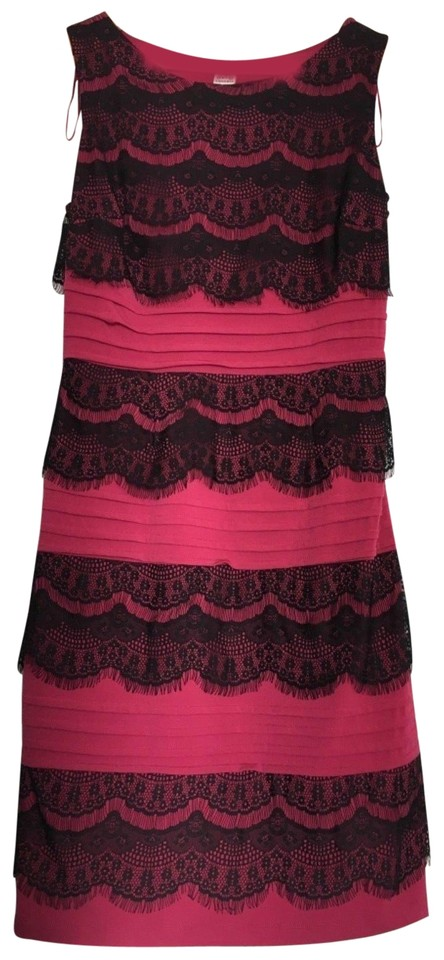 Sangria Raspberry Black Womens Lace Overlay Sleeveless Mid Length