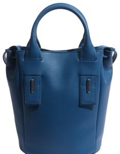 Danielle Nicole Satchel in Blue