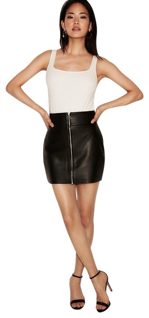 Express Black (Minus The) Leather O-ring A-line Skirt Size 0 (XS, 25) Express Black (Minus The) Leather O-ring A-line Skirt Size 0 (XS, 25) Image 1