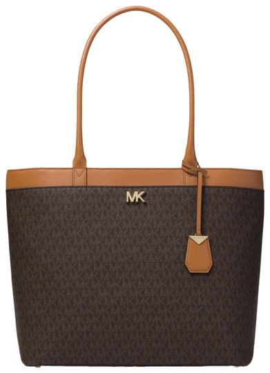Preload https://item5.tradesy.com/images/michael-kors-maddie-large-logo-30t8gn2t3b-brown-canvas-tote-23972969-0-1.jpg?width=440&height=440
