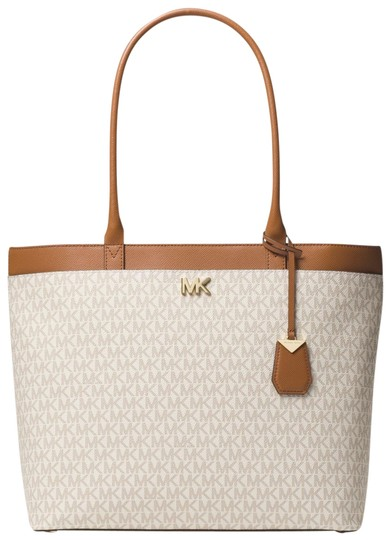 Preload https://item3.tradesy.com/images/michael-kors-maddie-large-logo-30t8gn2t3b-vanilla-canvas-tote-23972972-0-1.jpg?width=440&height=440