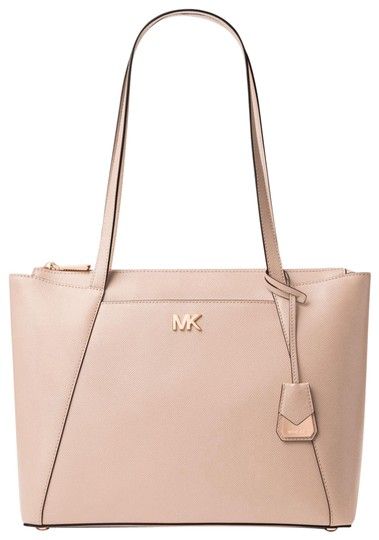Preload https://img-static.tradesy.com/item/23972997/michael-kors-maddie-medium-crossgrain-soft-pink-leather-tote-0-1-540-540.jpg
