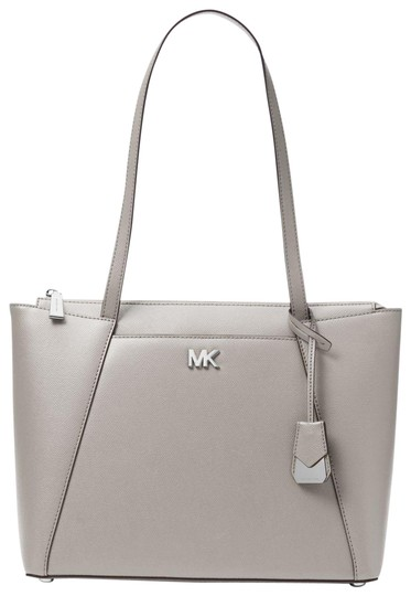 Preload https://item3.tradesy.com/images/michael-kors-maddie-medium-30s8sn2t2l-pearl-grey-leather-tote-23973002-0-1.jpg?width=440&height=440