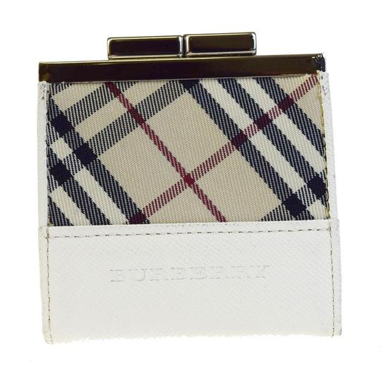 Preload https://item2.tradesy.com/images/burberry-beige-logo-coin-case-purse-leather-nova-check-wallet-23973016-0-0.jpg?width=440&height=440