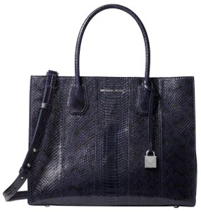 Michael Kors Snake 30h7sm9t3l Tote in Admiral