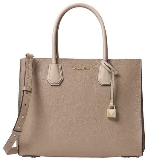 Preload https://item1.tradesy.com/images/michael-kors-mercer-large-pebbled-accordion-truffle-leather-tote-23973100-0-1.jpg?width=440&height=440
