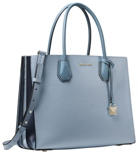 Preload https://img-static.tradesy.com/item/23973110/michael-kors-mercer-large-pebbled-accordion-pale-blue-leather-tote-0-1-540-540.jpg