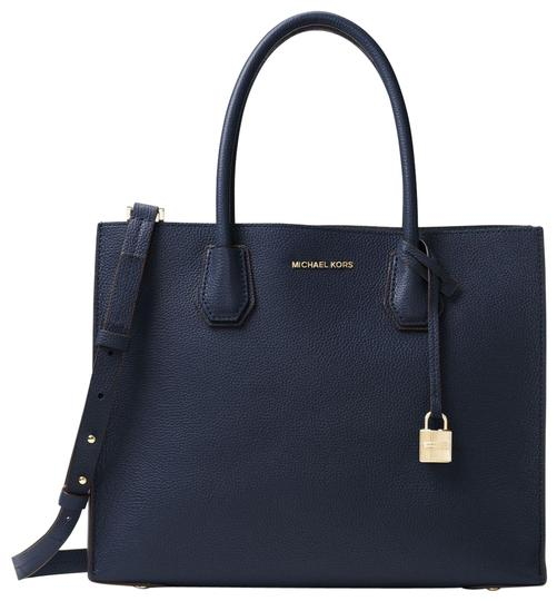Preload https://img-static.tradesy.com/item/23973140/michael-kors-mercer-large-30f6gm9t3l-admiral-leather-tote-0-1-540-540.jpg