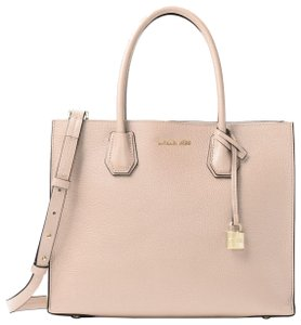 Michael Kors Leather 30f6gm9t3l Tote in Soft Pink