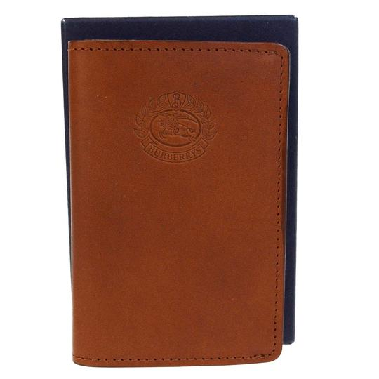 Preload https://item3.tradesy.com/images/burberry-brown-of-london-logos-card-case-leather-wallet-23973167-0-0.jpg?width=440&height=440