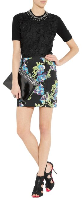 Preload https://img-static.tradesy.com/item/23973225/elizabeth-and-james-scuba-floral-print-neoprene-skirt-size-12-l-32-33-0-1-650-650.jpg