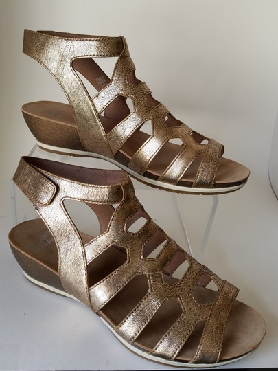 Dansko gold Sandals