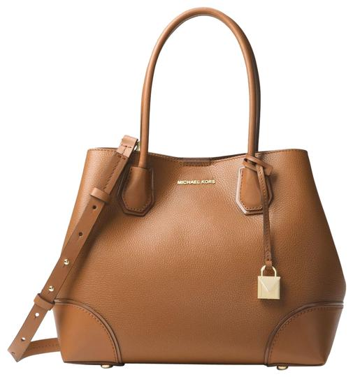 Preload https://item5.tradesy.com/images/michael-kors-mercer-gallery-30h7gz5t6a-acorn-leather-satchel-23973284-0-1.jpg?width=440&height=440