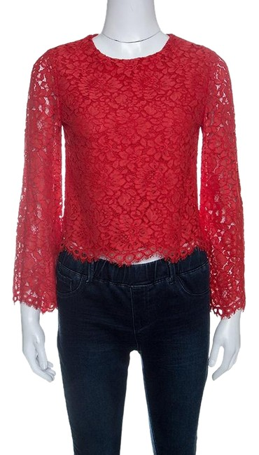 Preload https://img-static.tradesy.com/item/23973298/alice-olivia-red-poppy-floral-lace-bell-sleeve-pasha-crop-halter-top-size-4-s-0-1-650-650.jpg