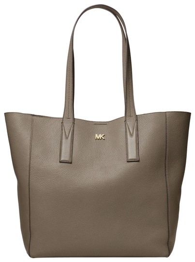Preload https://item3.tradesy.com/images/michael-kors-junie-large-pebbled-30t8tx5t3l-mushroom-leather-tote-23973332-0-1.jpg?width=440&height=440
