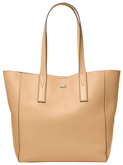 Preload https://item4.tradesy.com/images/michael-kors-junie-large-pebbled-30t8tx5t3l-butternut-leather-tote-23973343-0-1.jpg?width=440&height=440