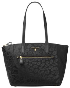 Michael Kors Nylon 30f7go2t2j Tote in Black