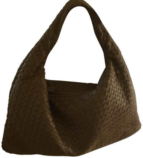 Preload https://item5.tradesy.com/images/bottega-veneta-hobo-brown-leather-shoulder-bag-23973584-0-1.jpg?width=440&height=440