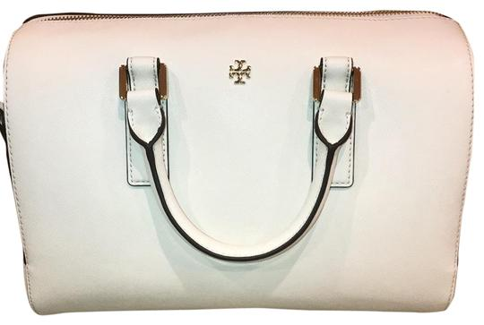 Preload https://item3.tradesy.com/images/tory-burch-emerson-ivory-leather-satchel-23973632-0-1.jpg?width=440&height=440