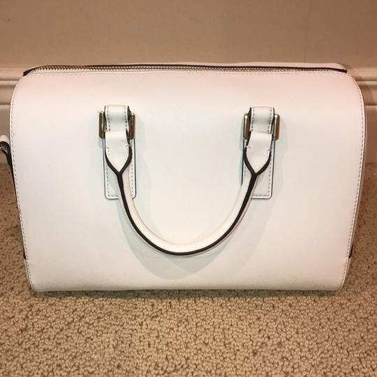 Tory Burch Satchel in ivory