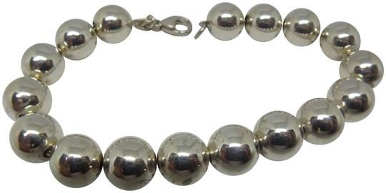 Preload https://img-static.tradesy.com/item/23973646/tiffany-and-co-sterling-silver-hardwear-10mm-ball-bracelet-0-1-540-540.jpg