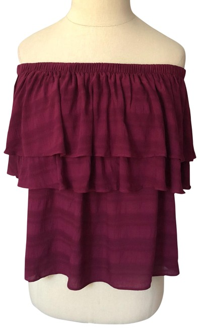 Preload https://item3.tradesy.com/images/maroon-off-the-shoulder-flowy-nwot-night-out-top-size-8-m-23973647-0-1.jpg?width=400&height=650