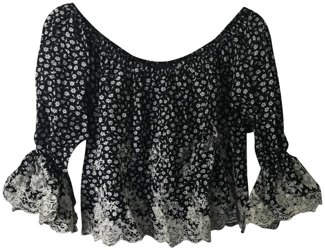 Preload https://img-static.tradesy.com/item/23973758/romeo-and-juliet-couture-black-and-white-rj37762-tank-topcami-size-8-m-0-1-650-650.jpg