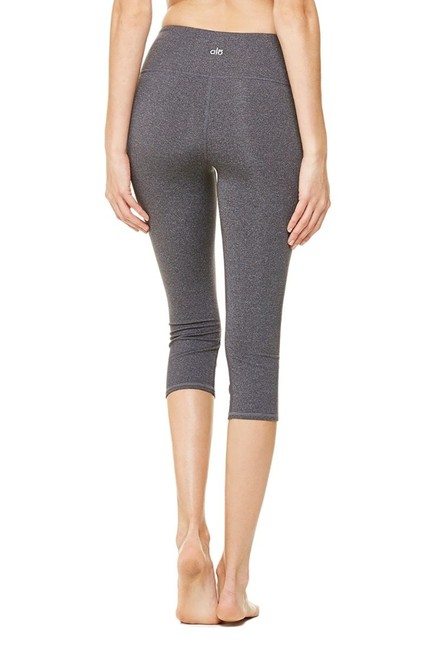 Preload https://item5.tradesy.com/images/alo-gray-yoga-airbrush-activewear-capriscrops-size-6-s-28-23973799-0-0.jpg?width=400&height=650