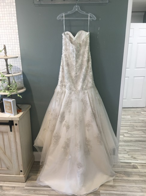 Martina Liana Stone Tulle and Ivory Royal Organza Over Oyster Dolce Satin Satin/Beaded Ml672 Formal Wedding Dress Size 8 (M) Martina Liana Stone Tulle and Ivory Royal Organza Over Oyster Dolce Satin Satin/Beaded Ml672 Formal Wedding Dress Size 8 (M) Image 2