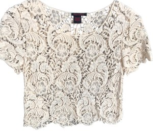 Imaginary Voyage Top ivory