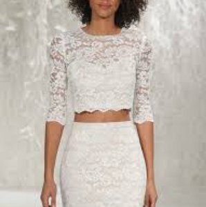 Ivory /Champagne Lanikai Crop Top 56115 Destination Wedding Dress Size 6 (S)