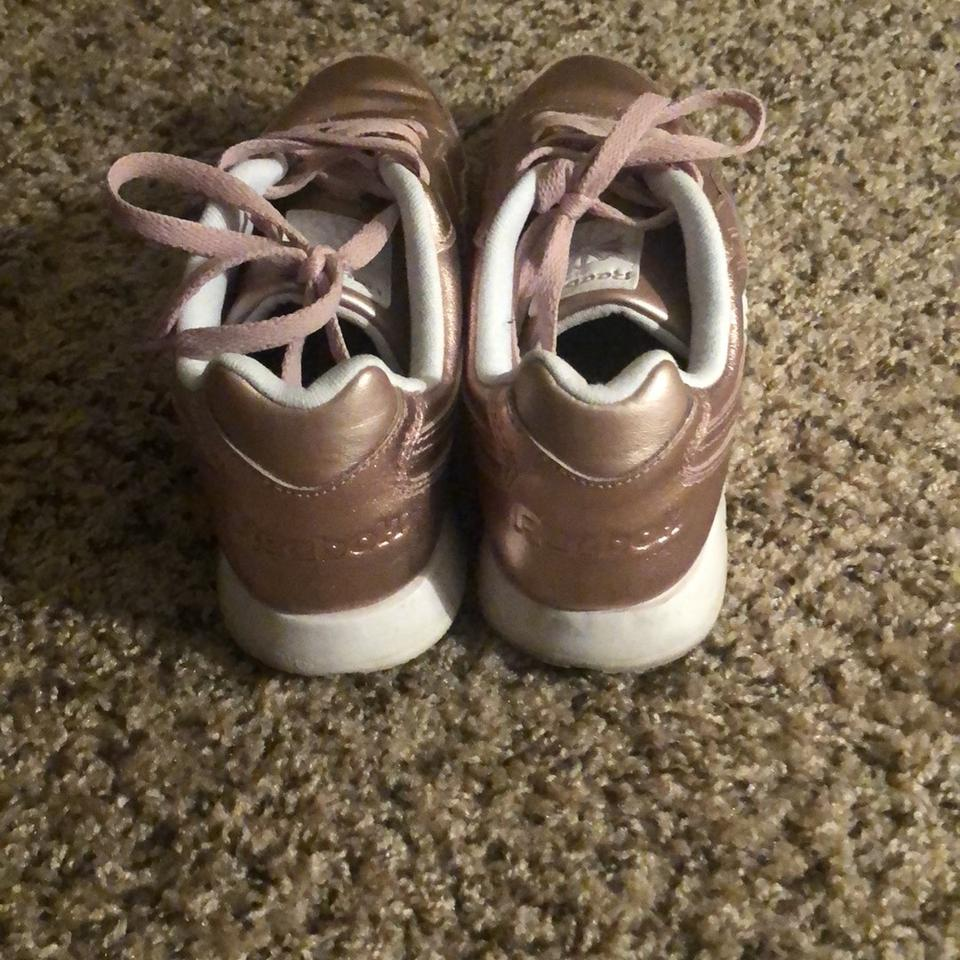 9293847e714a0c Reebok Metallic Blush Harman Sneakers Size US 8 Regular (M