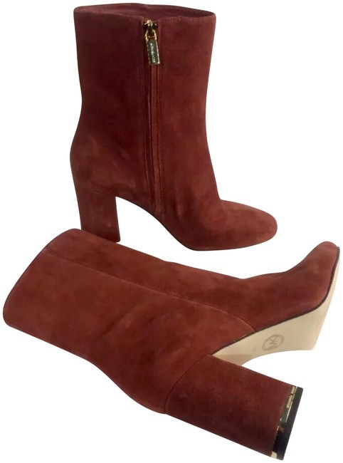 Item - Burgundy New Ankle Boots/Booties Size US 7 Regular (M, B)