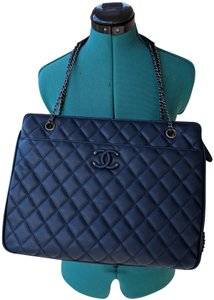 3a1e0b68da8c Added to Shopping Bag. Chanel Shopping Deauville Deauville Travel Tote ...