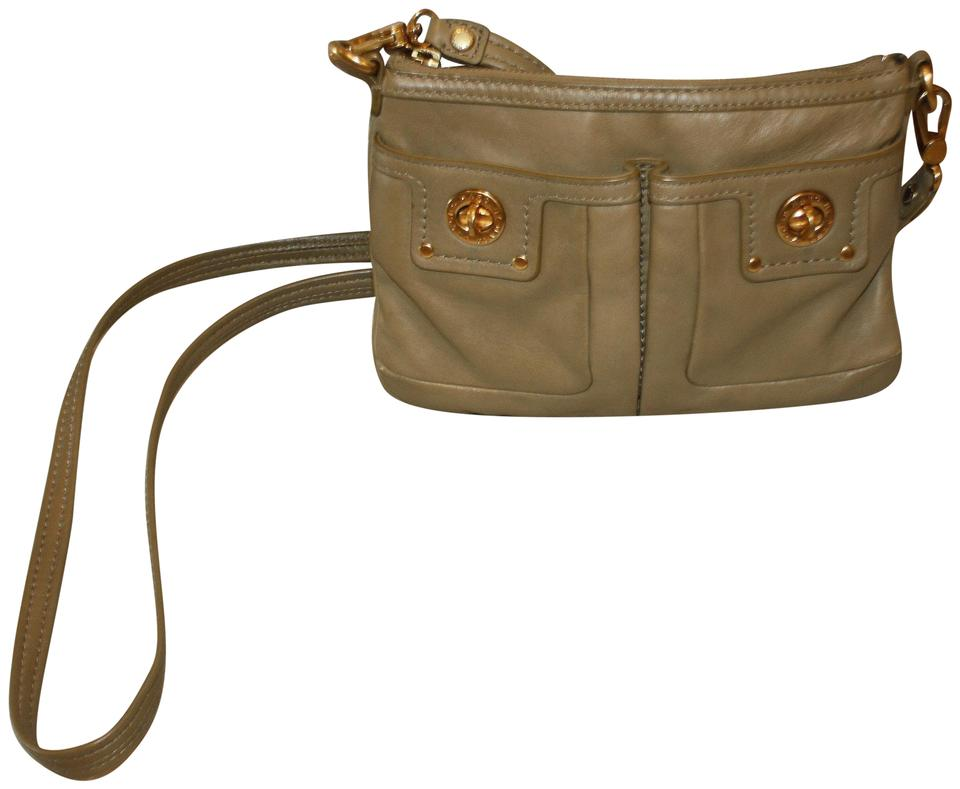 aba3e0c0115 Marc by Marc Jacobs Two Pocket Purse Olive Leather Cross Body Bag ...