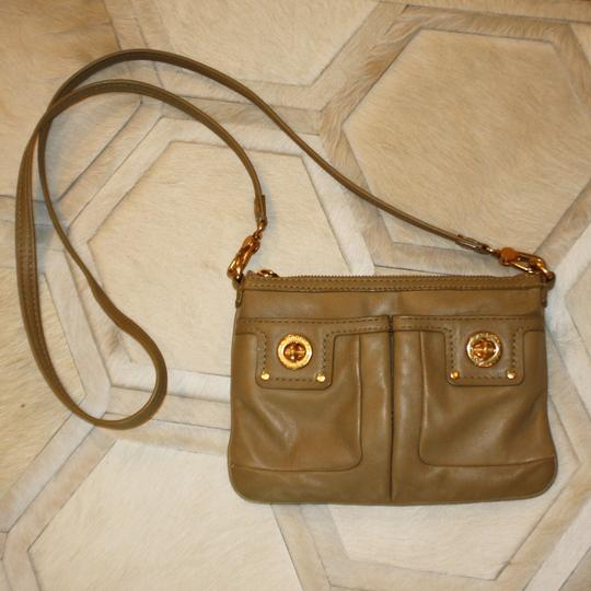 Marc by Marc Jacobs Leather Gold Hardware Casual Classic Mini Cross Body Bag Image 1