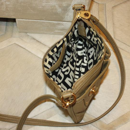 Marc by Marc Jacobs Leather Gold Hardware Casual Classic Mini Cross Body Bag Image 2