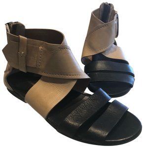 CoSTUME NATIONAL Black and Tan Sandals