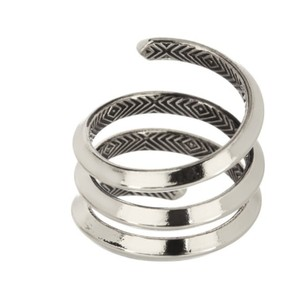 House of Harlow 1960 Caral Ring in Silver