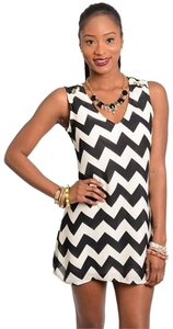 f5318e28758a83 Cals Collection short dress Black White Chevron Zigzag on Tradesy - closet  img